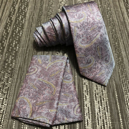 """New laser Paisley Design 2.75/"""" Inches Necktie and Pocket Square Hanky Set Purple"""
