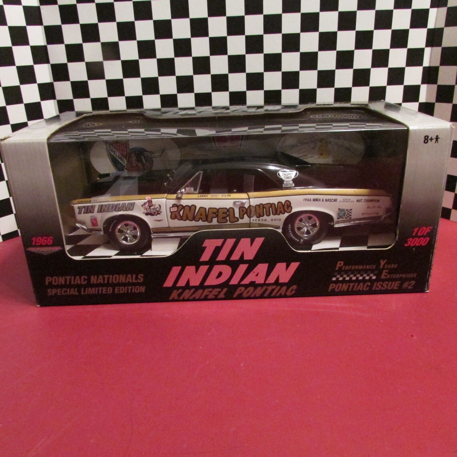 ERTL, Performance années Enterprises, 1966 Pontiac GTO,  TIN INDIAN  1 18 sc. DIECAST