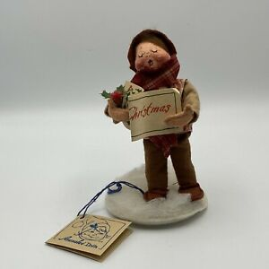 Annalee-Mobilitee-Boy-Caroler-Christmas-Figure-with-Tag-1994-Brown-Hair-7