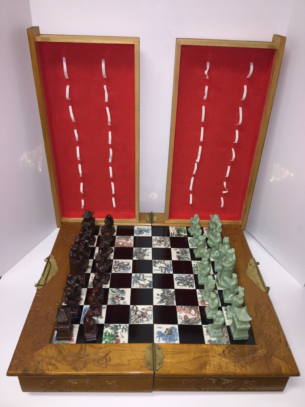 Vintage re STONE autoved  Chess Set tavola & Wood Travel Case Hefatto Taiwan  negozio outlet