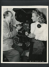 EVELYN KEYES + JOSEPH WALKER DEMONSTRATING CAMERA INNOVATION -1948 JOE WALTERS