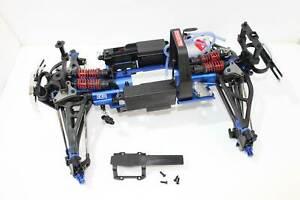 Traxxas-Revo-3-3-Chassis-komplett-inkl-Achsen