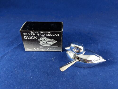 1 Oneida Wm A ROGERS Silver DUCK Salt Cellar /& spoon Tarnish Resistant