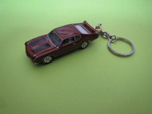 1971 OLDSMOBILE 442 4-4-2 DIECAST MODEL CAR KEYCHAIN KEYRING NEW BROWN W BLACK