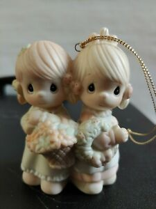 1988-Precious-Moments-Figurine-ornament-To-My-Forever-Friend-113956-twin-sisters