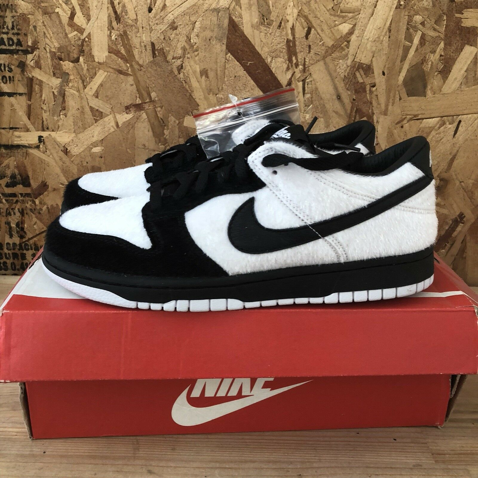 sports shoes 8cde7 33e9f Nike Dunk Low Premium QS BG - - - White   Black Size 6.5Y New