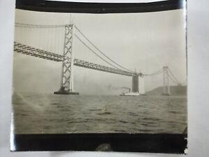 Corriendo-la-Calzada-Dorado-Puerta-Puente-California-B-amp-w-Foto-Alrededor-1934