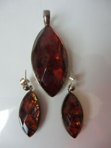 Pretty-Old-Jewelry-Set-925-Silver-with-Mother-of-Pearl-Pendant-U-Earrings