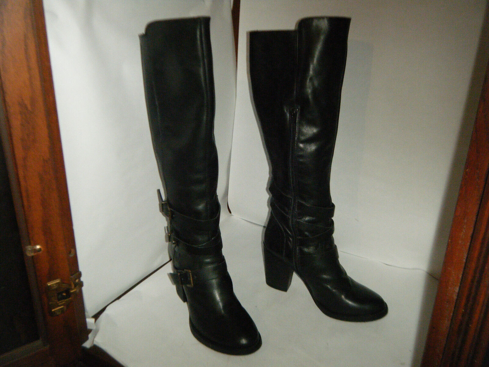 STEVE MADDEN Fashion Woman Leather Boots Size 8 M