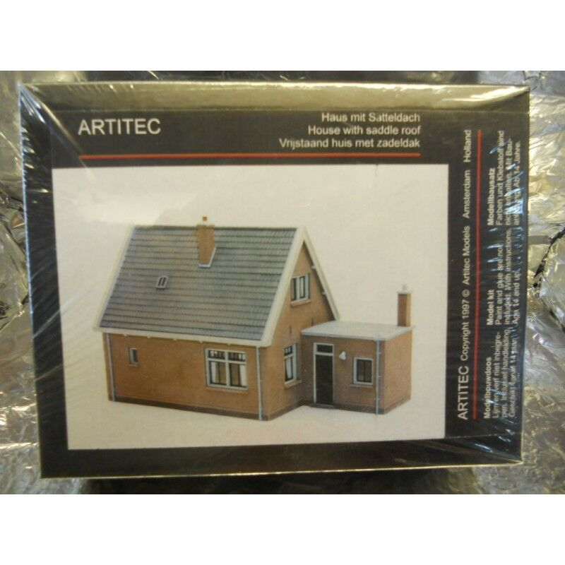 Artitec 10115 House With Saddle Style Roof Kit 1 87 H0 Scale