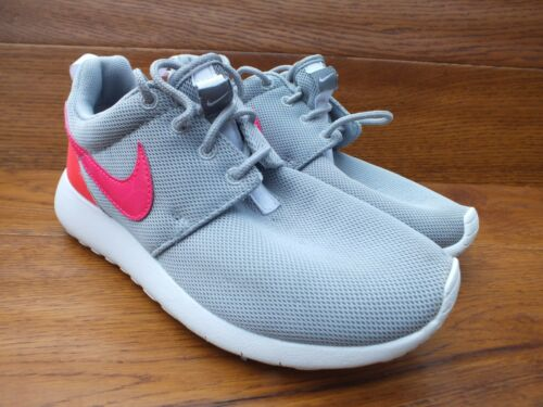 5 3 One 35 Size Uk Casual Eu Pink Nike Trainers Grey Roshe Gs 7qwnf6Z