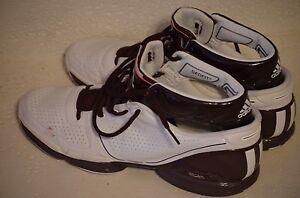 Adidas adizero Derrick Rose 1 Maroon Texas A & M Aggies basketball