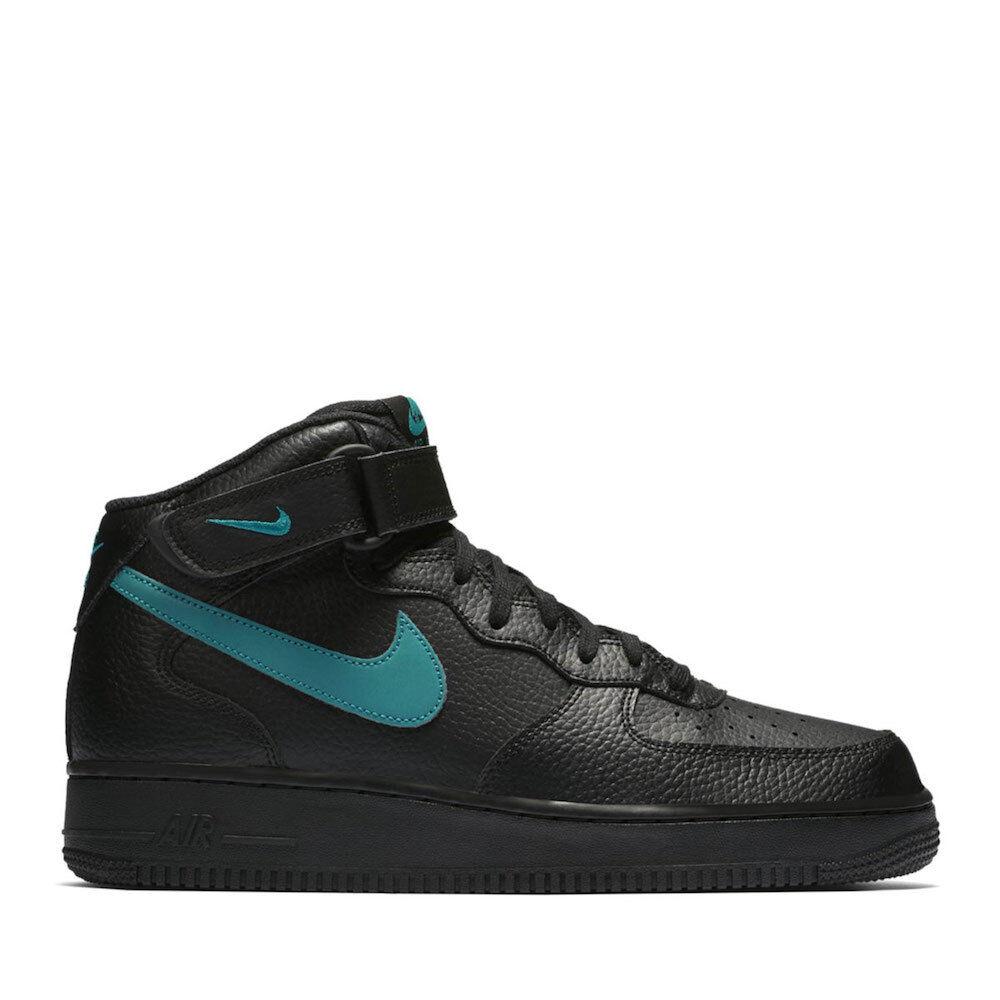 Nike Mens Air Force 1 '07 Basketball Shoe
