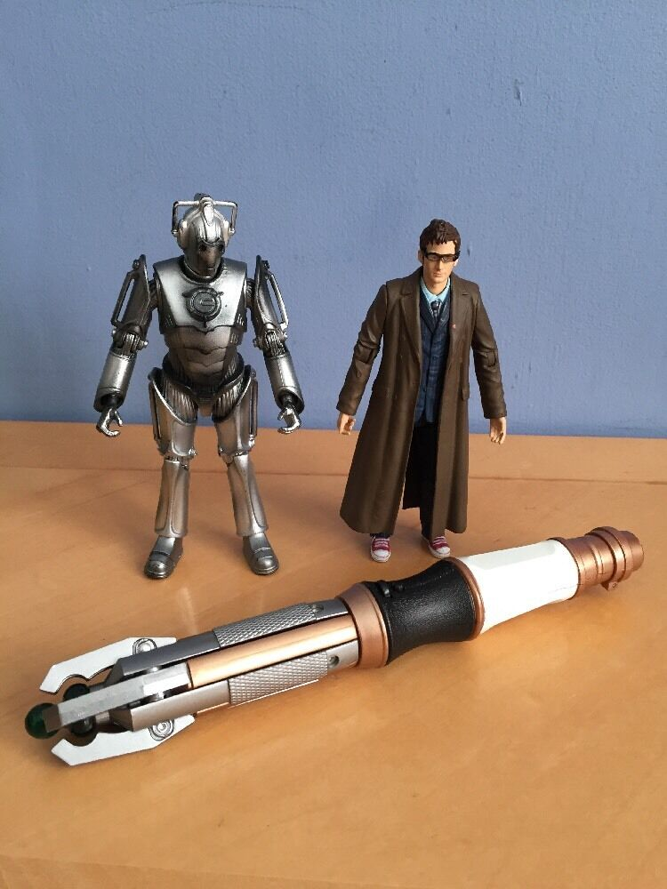 DOCTOR WHO 10TH Action Figure Sonic Screwdriver Cybermen Cyberman