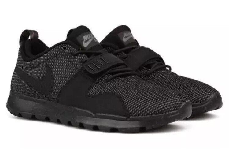 NWT Nike Mens TrainerEndor Casual Shoes- Black/Dark Grey SZ- 5