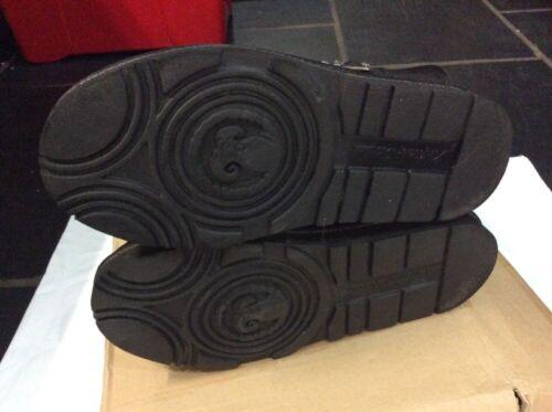 New Big Signature 8 Of Genuine Kingdom Uk Boots Time Sheepskin Kos Black qxPBpwPa