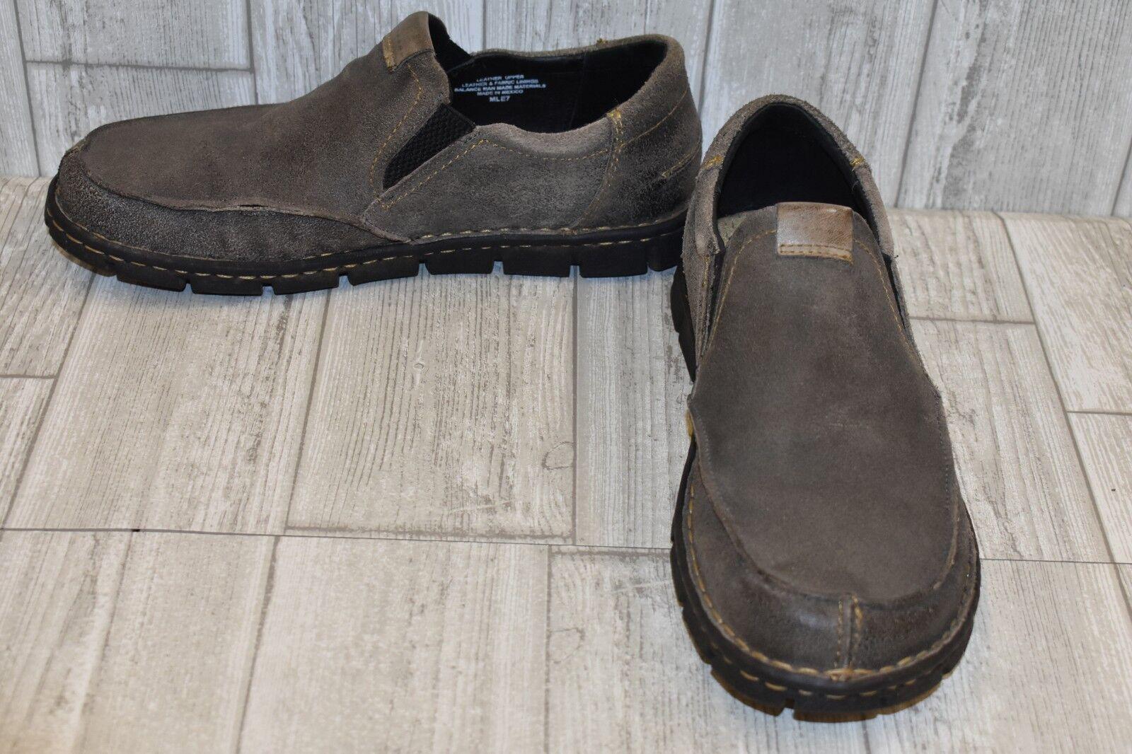 Born Brewer Slip Ons-Men's size 9 M Grey