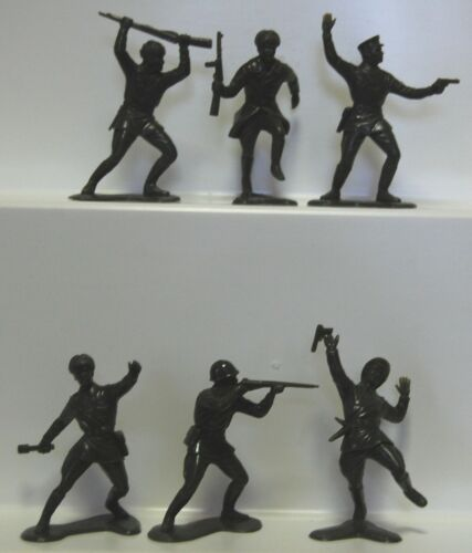 18 Marx Russian recasts plastic soldiers in dark OD green army men