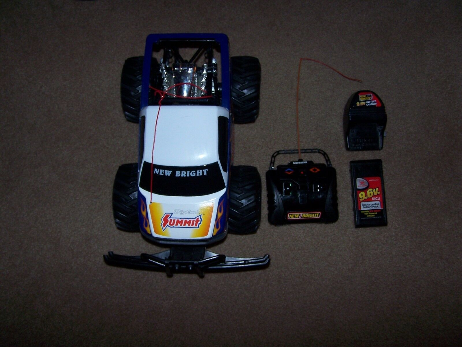 NEW BRIGHT RC BIG FOOT SUMMIT RACING 9.6V COMPLETE