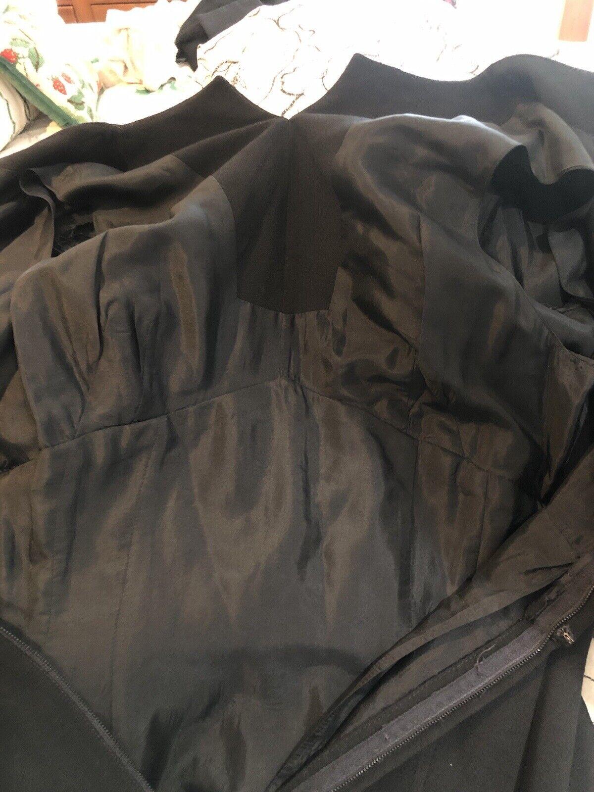Travilla vintage 60s/70s black wool crepe dress s… - image 9