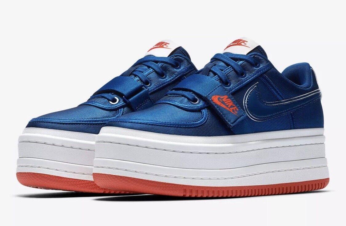 Nike Women shoes Vandal 2x Gym bluee  White (US 11)