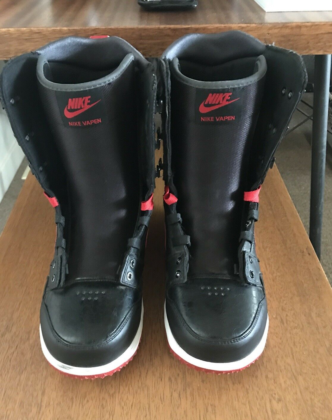 Pre-owned Mens Nike VapenSnowboard Boots Sz 8 Blk Red 447125-001