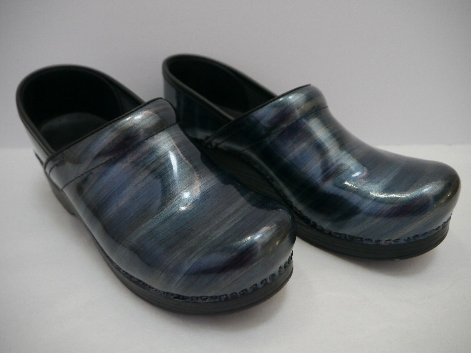 DANSKO Professional silver bluee stripe patent leather clogs size 39