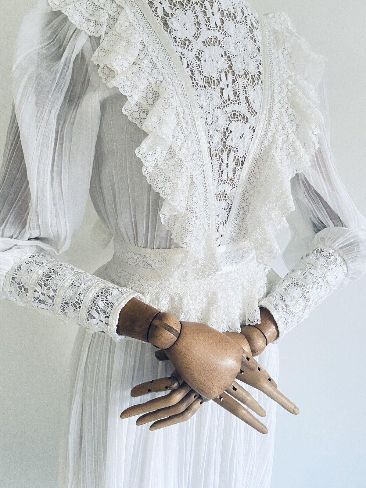 Vintage GUNNE SAX White Cotton Prairie Maxi Dress… - image 5