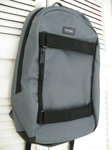 """""""spirale"""" Everest Grigio Casual Daypack 51 Cm, 24 L, - Unisex-nuova Con Etichetta"""