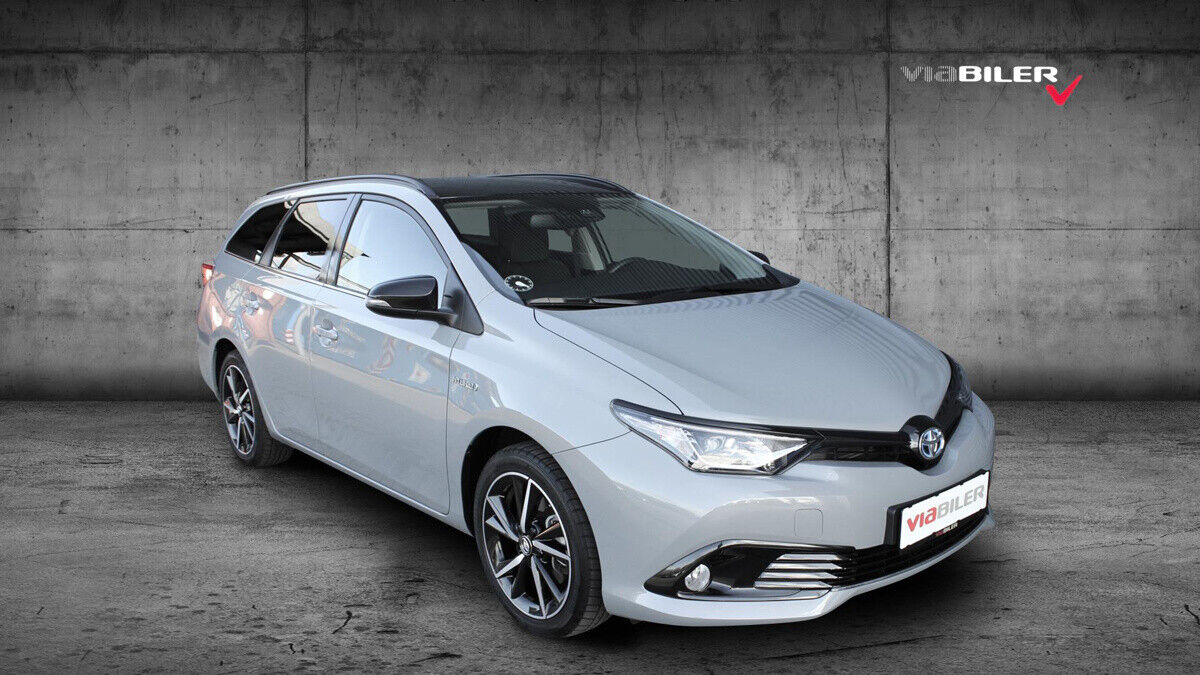 Toyota Auris 1,8 Hybrid H2 Selected Touring Sports CVT 5d