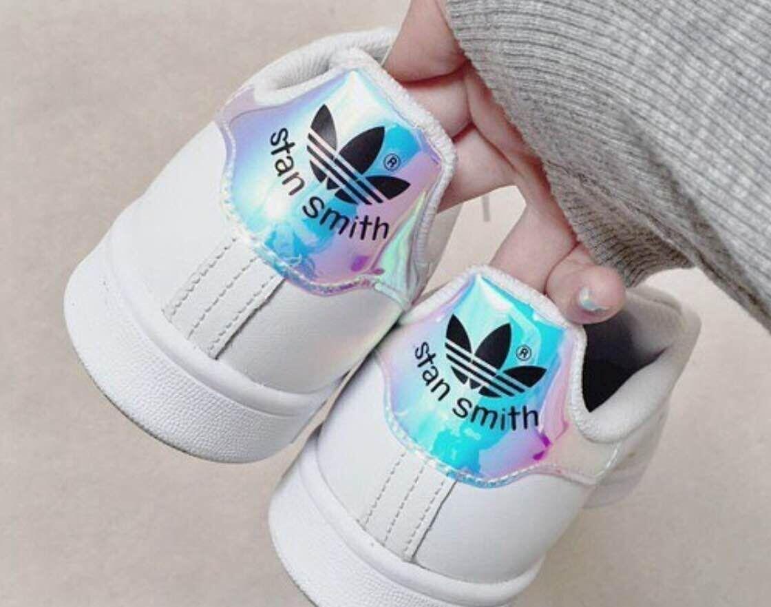 adidas stan smith hologram iridescent