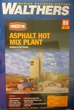Walthers HO #933-3085 Black Gold Asphalt Hot Mix Plant -- Kit - 9-3/4 x 14-1/8 x