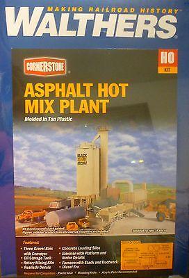 9-3//4 x 14-1//8 x Walthers HO #933-3085 Black Gold Asphalt Hot Mix Plant Kit