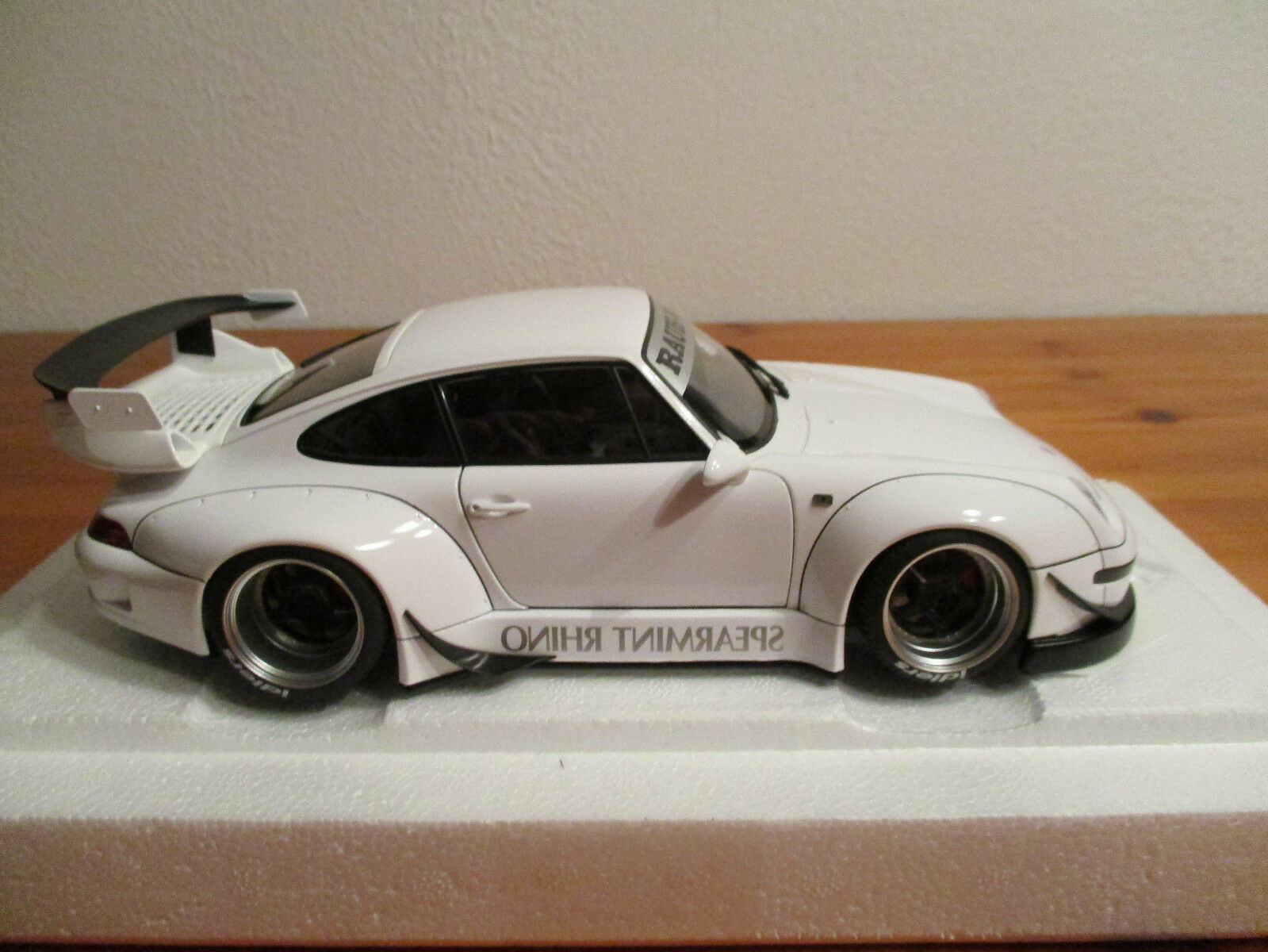 ( GO ) 1:18 AUTOart Porsche RBW 993 Blanc Nouveau Nouveau Nouveau Emballage Original | Vogue  14b3b9