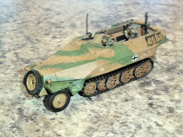 Nice Painted Sd.KFZ 251 1 Ausf D Hanomag Hanomag Hanomag German Bolt Action WWII Model New  5cb96d
