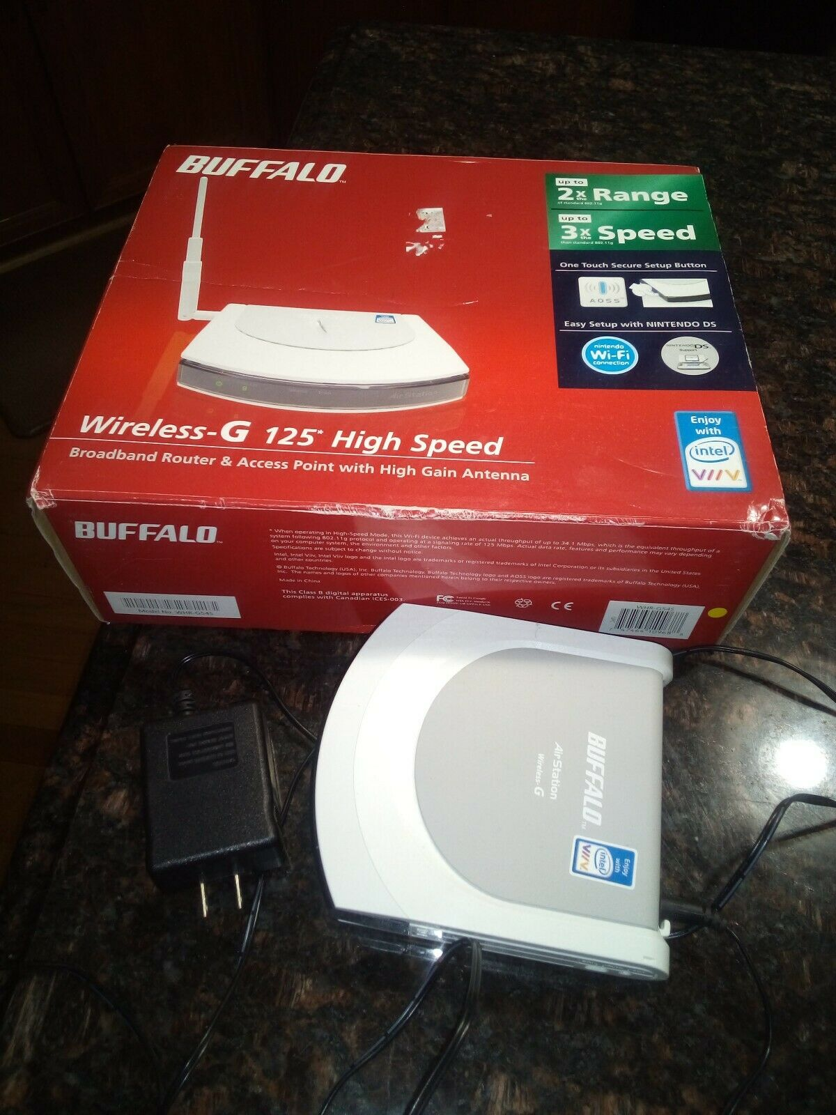 Buffalo Technology AirStation WHR-HP-G54 125 Mbps 4-Port 10/100 Wireless G  Router (WHR-HP-G54-1)