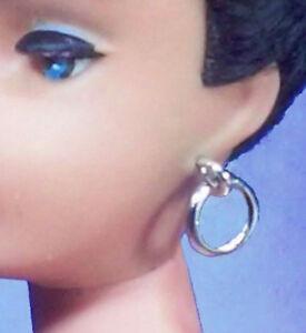 Barbie-Dreamz-SILVER-HOOPS-Hoop-EARRINGS-Doll-Jewelry