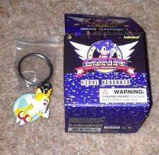 Kidrobot Sonic el Erizo colas Flying Llavero KEYRING SEGA Mega Drive