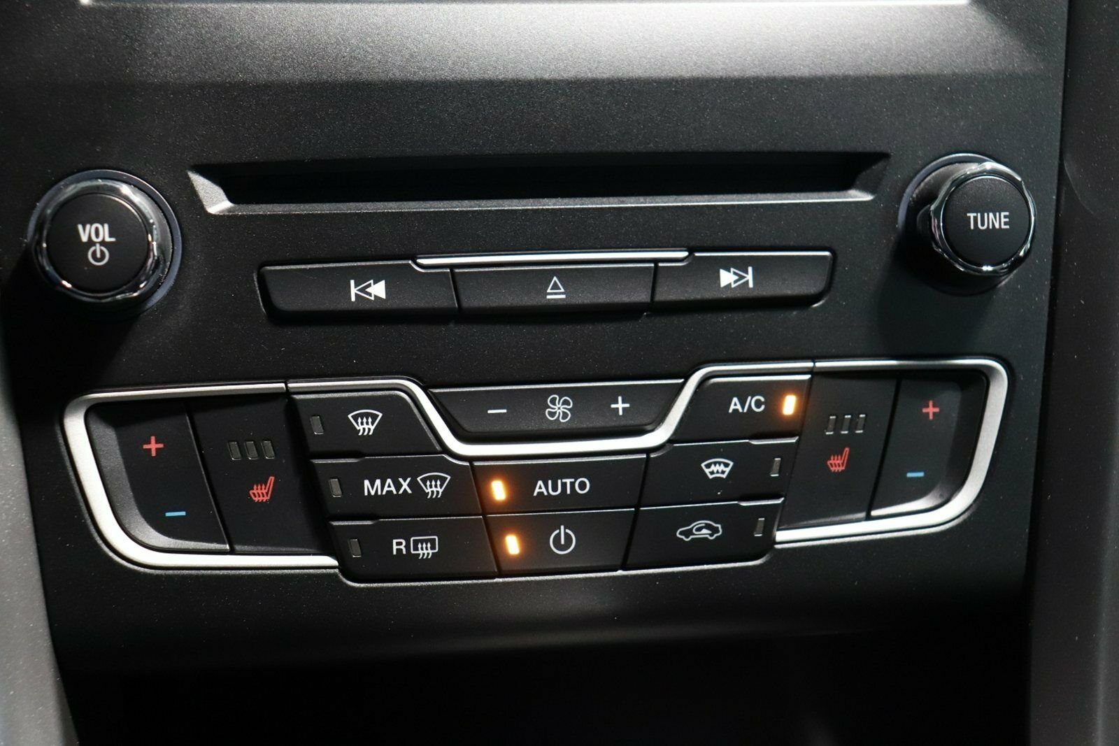 Ford Mondeo TDCi 180 Titanium stc. aut.
