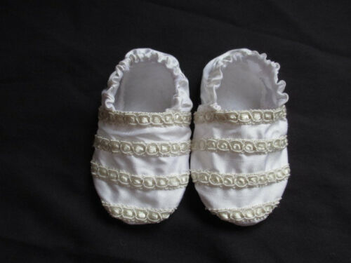 REBORN//BABY Filles//Garçons Satin Blanc//Soie Nourrisson Baptême Chaussures//Chaussons 0-9 m