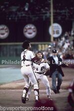 BOB BOONE PETE ROSE PHILADELPHIA PHILLIES 1980 WORLD SERIES CATCH 8X10 PHOTO