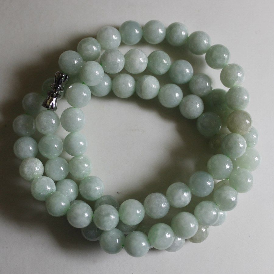 8mm Certified Natural Untreated Light Green Jadeite Jade Round Beads Necklace AA