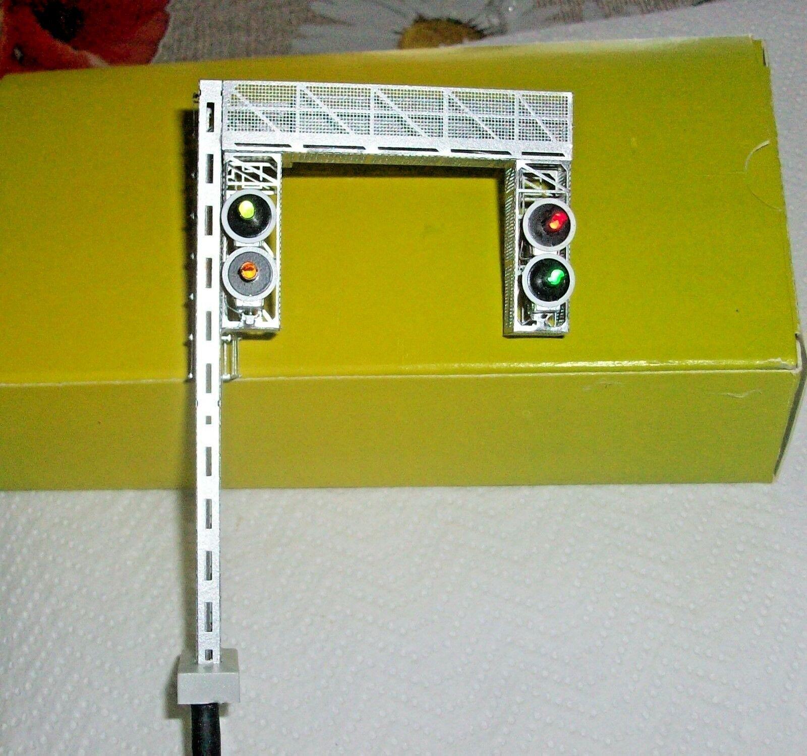 HO Scale Signal to Portal FS 4 Sails 1 ° Cat. Lights R V-V G LED cod.325 NEW
