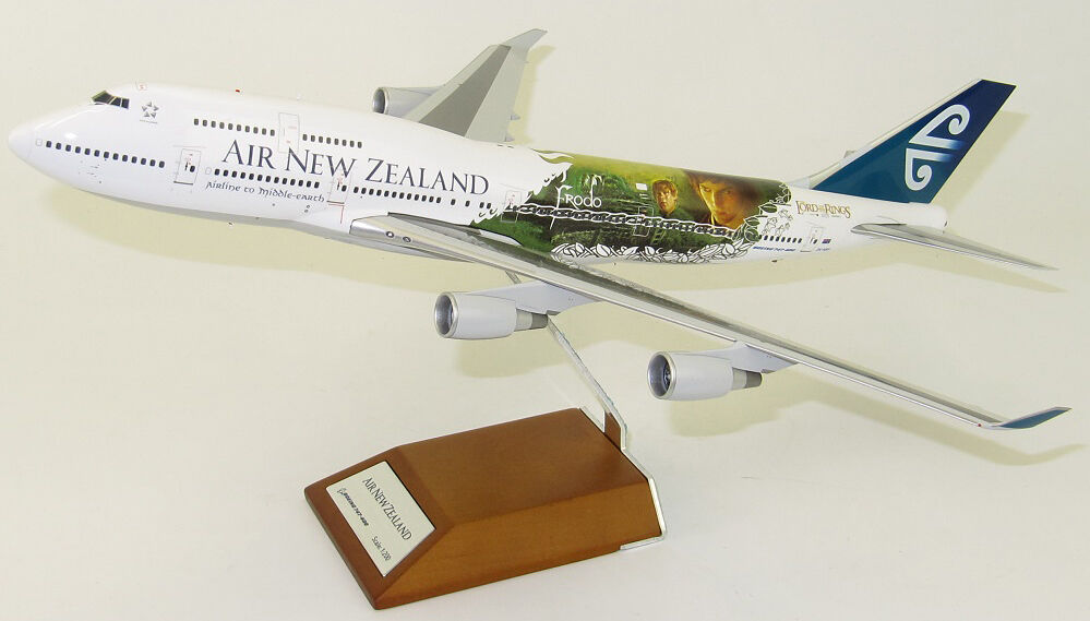 JC Wings 1 200 Air New Zealand Boeing B747-400 'LOTR' ZK-NBV (XX2859)