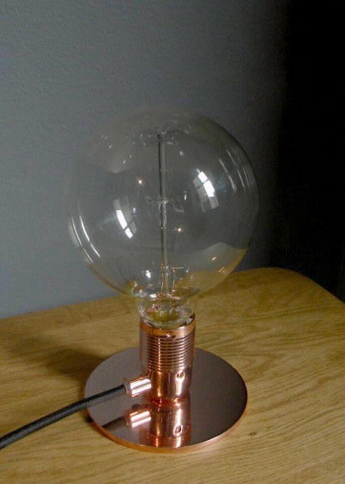 Anden bordlampe, Frama