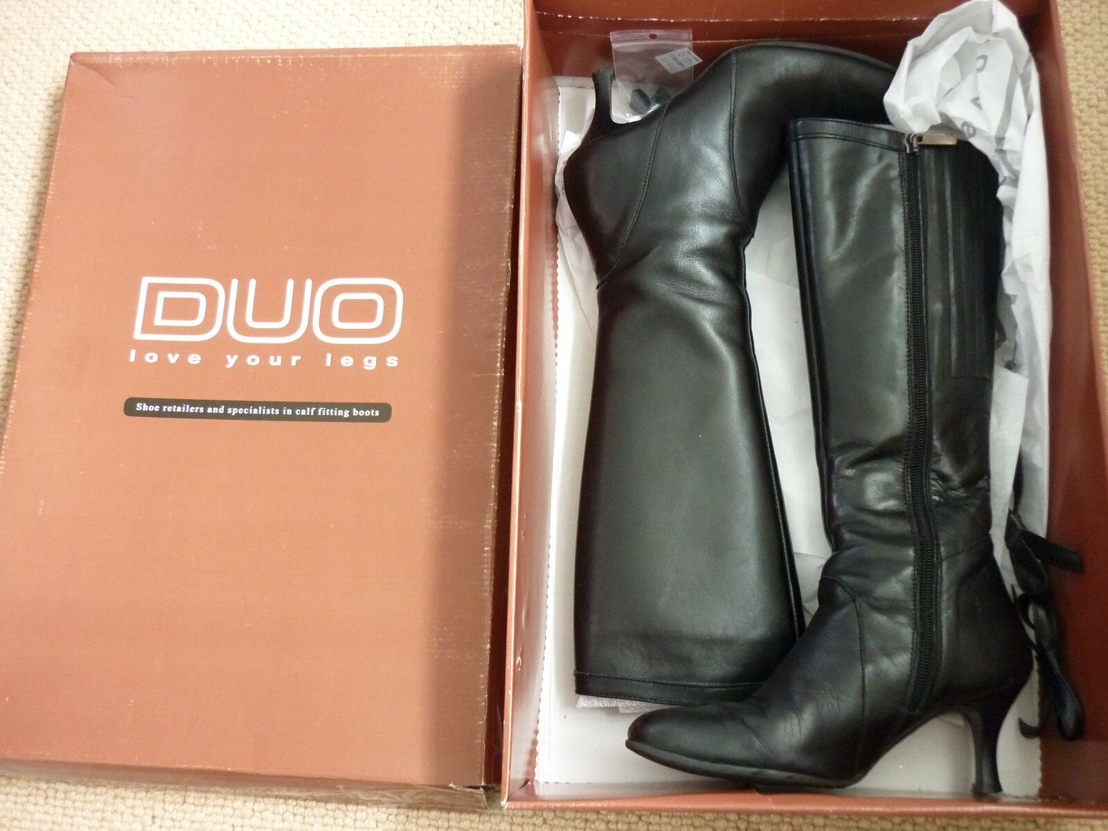 Leather heeled boots boots boots by DUO, size 2.5 6f9452