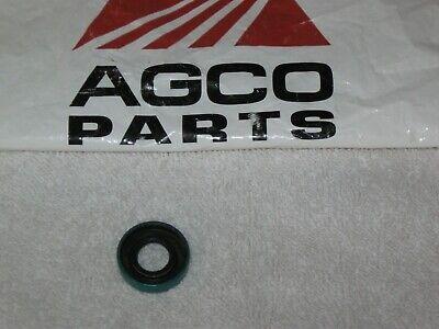 OEM Allis Chalmers Hydraulic Pump Control Shaft Seal D10 D12 70224558