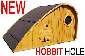 LARGE CHICKEN COOP HEN HOUSE POULTRY NEST BOX COOPS HUTCH HOBBIT HOLE