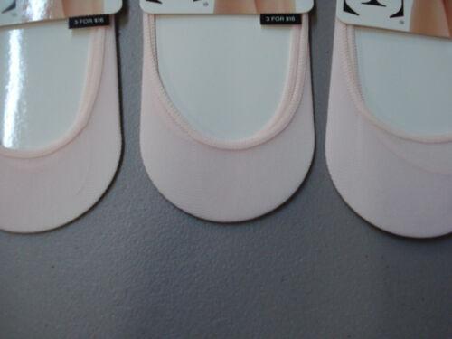 NWT Women/'s Hue Sheer Hidden Liner 3 Pair Size M//L Pale Pink #12H