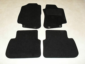 Perfect Fit Black Carpet Car Mats for Nissan Note 05 />
